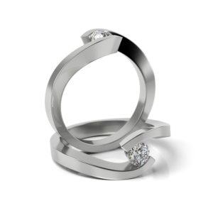 Zásnubný prsteň s diamantom ZP 335
